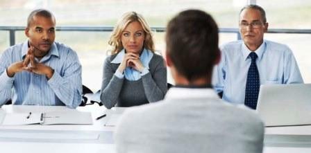 cara menilai calon karyawan saat wawancara