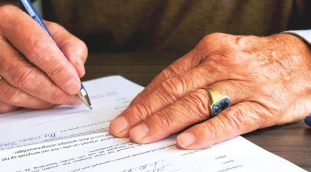 Penandatanganan kontrak kerja