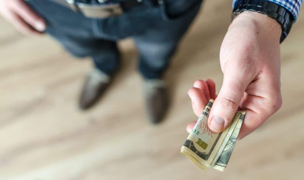 mengelola-keuangan-bagi-karyawan