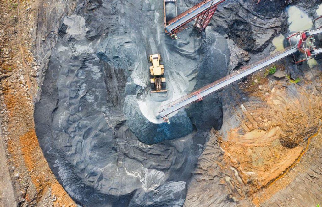 Sektor Tambang dan Perminyakan